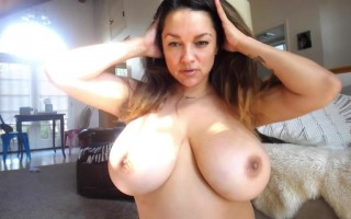 Monica Mendez is giving her glamour in exposing her big boobs on webcam