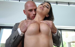 Busty daughter Karlee Grey is a forbidden fruit