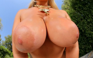 12 pics and 1 movie of Abbey2 from Monster Curves