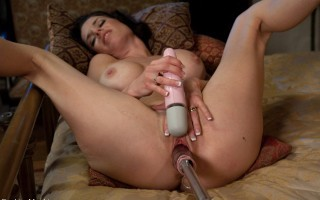 MILF SQUIRTER ALERT - pin-up beauty - mom squirts high into the air from machine fucking. Her juicy pussy is exposed and sensitive as she has cums.