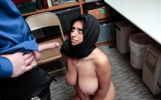 Busty shop lifter Ella Knox gets caught and blows