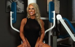 Sexy interview in the gym with Megan Avalon, the beautiful fitness queen.