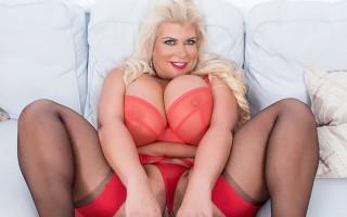 Hot blonde milf Victoria Vale got huge tits