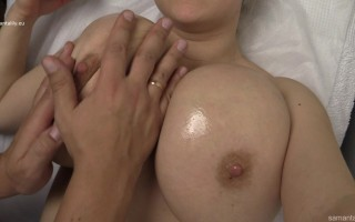 Samanta Lily gets a big tits lactating massage