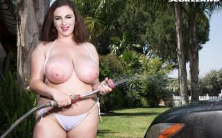 Milly Marks wet T-shirt bikini car wash