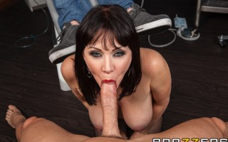 Dr. Sins is busy with back-to-back patients and can't make the date he had planned with his sweetheart, Rayveness. She's beyond pissed, and decides that the date is happening if she has to storm into the hospital and fuck her man right in the operating ro