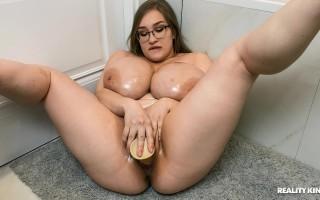 Cheryl Blossom Banging Herself In The Bathroom