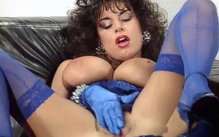 Sarah Young getting off with a vibrator