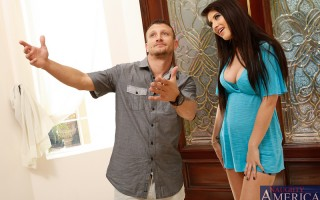Karina White stops by to visit her new neighbor, Mr. Pete. Karina asks Mr. Pete about his social media life because she is sure that she has seen a picture of him before....on a sex site. Pete is a little embarrassed but admits that he does have a profile