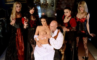 There's an epic celebration this evening at Count Johnny's castle. A new maiden Amber Cox is about to be welcomed into the brood of vampires with one bite to her huge natural tits. But she has other plans. She's offering Johnny a piece of sweet pussy if h