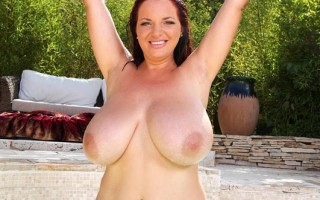 Busty Babe Joanna Bliss Plays with her 36H Jugs in the Pool