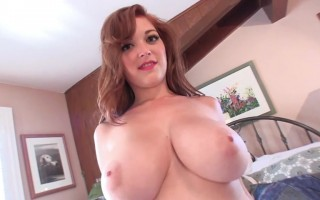 Tessa Fowler Tease on Cam With Her Desirable Big Boobs
