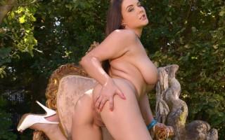 Cherry B:New tits on the block